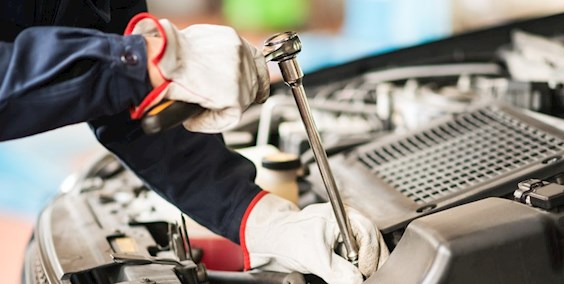 Kraftfahrzeugtechniker - Personenkraftwagentechnik