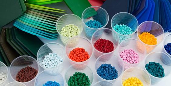 Kunststofftechniker